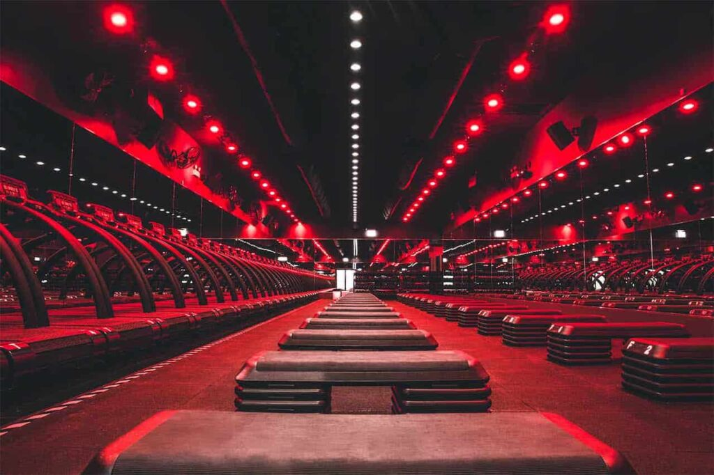 barry's bootcamp online classes COVID-19